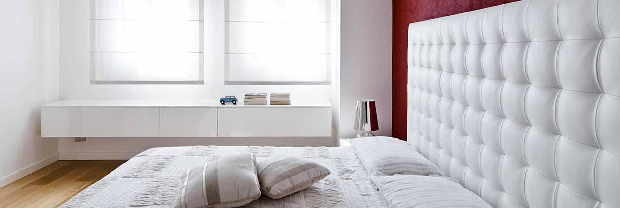 stores bateaux sur mesure entry stores bateaux. Black Bedroom Furniture Sets. Home Design Ideas